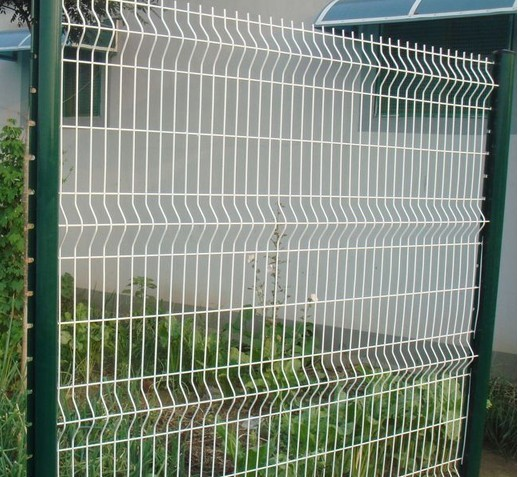 <b>三角折弯护栏</b>